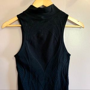 LULULEMON TURTLE NECK TANK TOP PERFORATED BODYCON